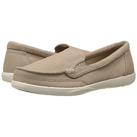 f997abbabc9 Crocs Walu II Canvas Loafer